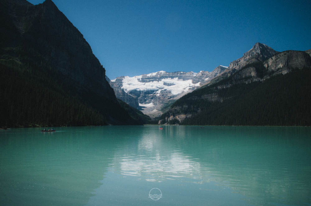 lake louise canoe lune vintage blog-15.jpg