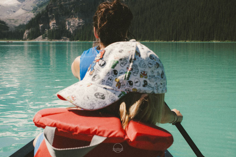 lake louise canoe lune vintage blog-8.jpg