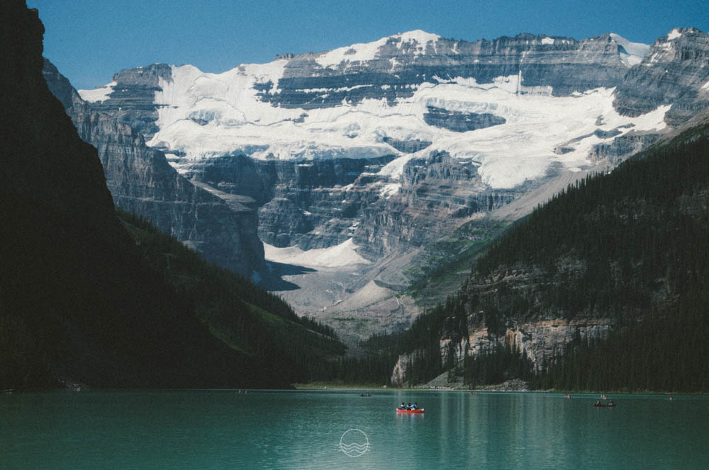 lake louise canoe lune vintage blog-14.jpg
