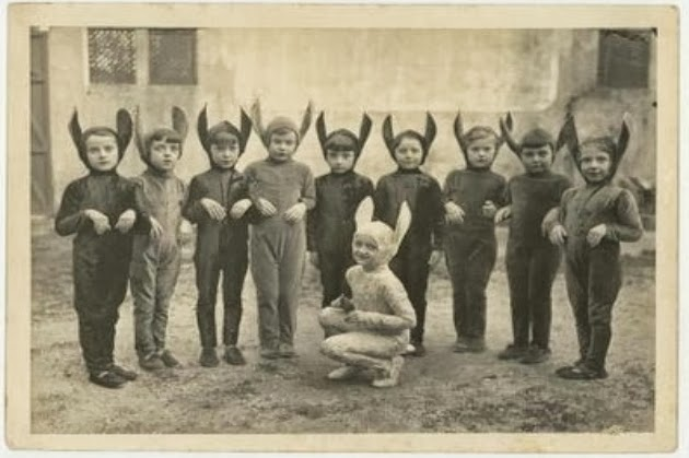 Creepy Vintage Halloween Costumes (5).jpg
