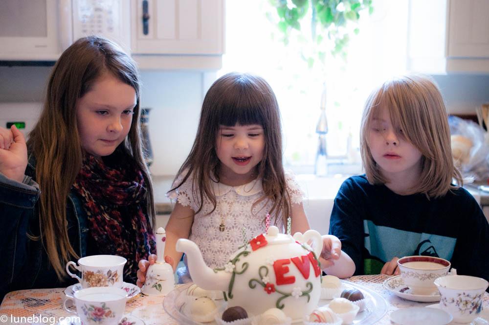birthday tea party lune blog (9 of 22).jpg