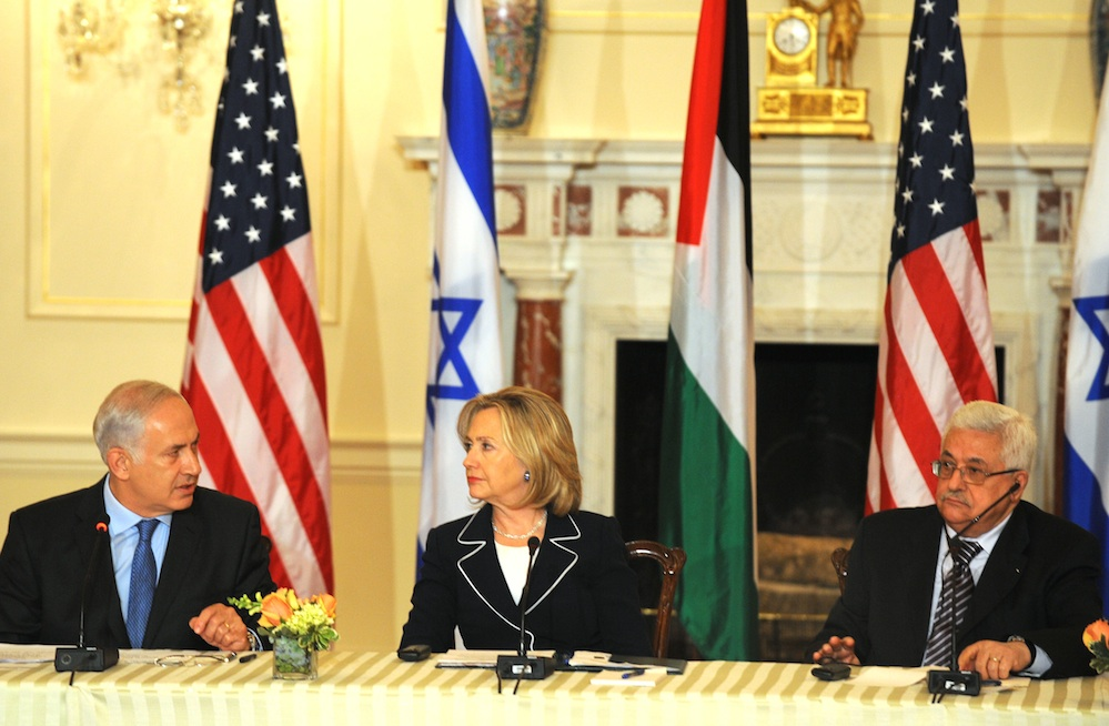 Israeli Prime Minister Benjamin Netanyahu (left), U.S. Secretary of State Hillary Clinton and Palestinian Authority President Mahmoud Abbas at the Peace Conference in Washington, DC, September 2, 2010. Credit: Moshe Milner/GPO/FLASH90.