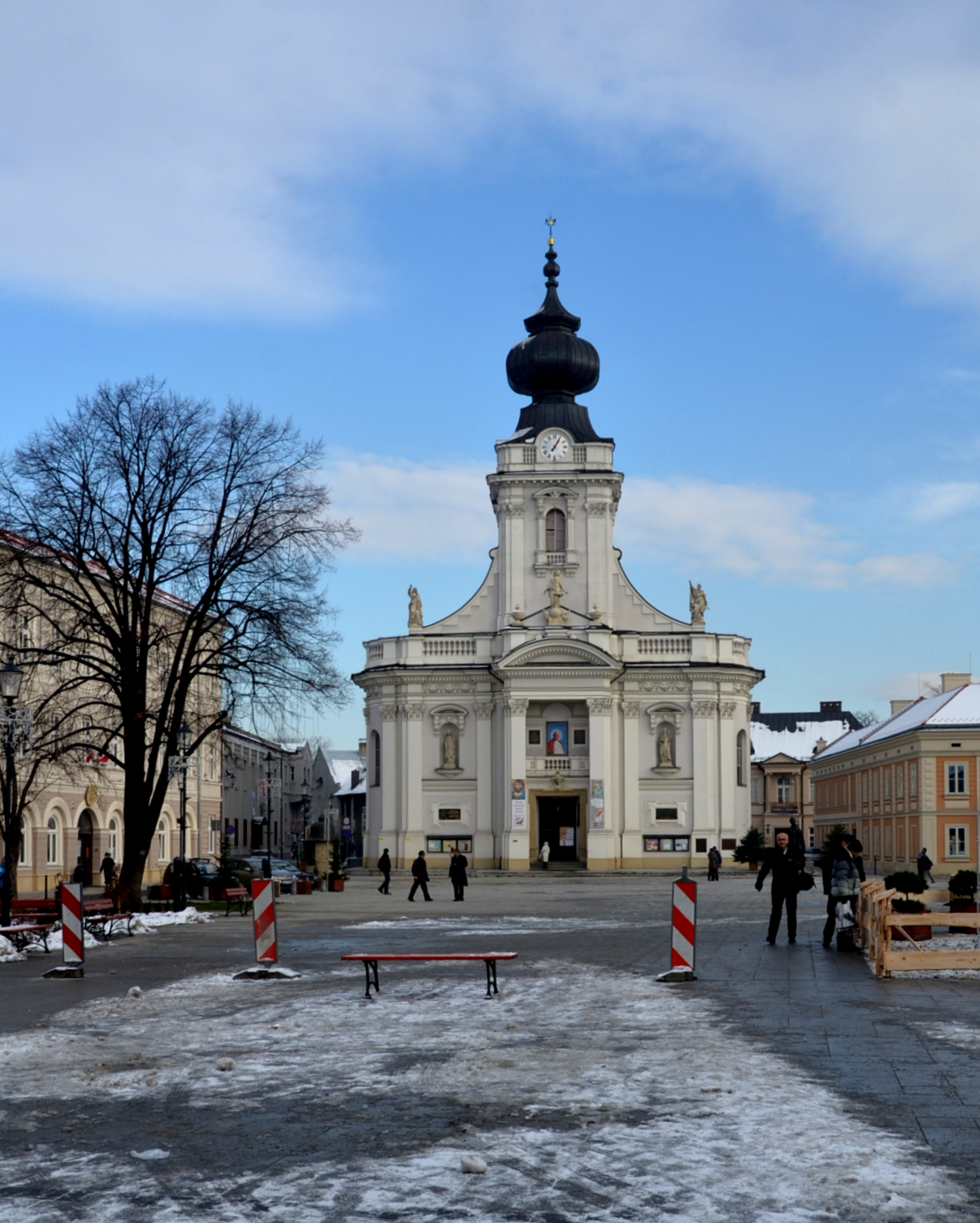 Click photo to download. Caption: Pope John Paul Square and the Cathedral of Wadowice. The town's Holocaust history is being revisited. Credit: Maxine Dovere.