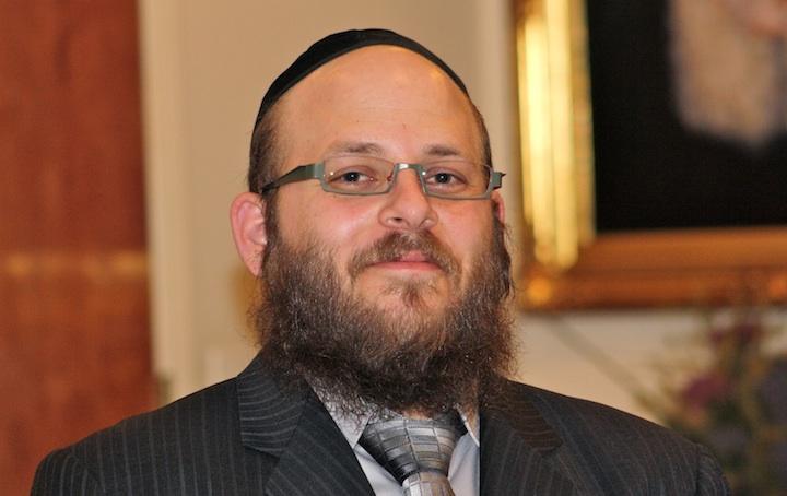 Click photo to download. Caption: Rabbi Menachem Stern. Credit: Chabad.org.