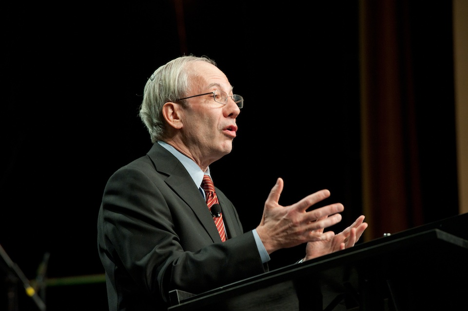 Click photo to download. Caption: Rabbi Eric Yoffie speaks at the Union for Reform Judaism biennial convention in Washington, DC. Credit: Courtesy Union for Reform Judaism.