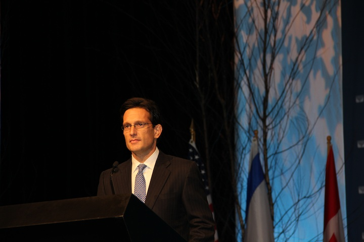 Click photo to download. Caption: U.S. Rep. Eric Cantor (R-VA) was a prominent politically conservative voice at the URJ convention. Credit: Philip Deitch.