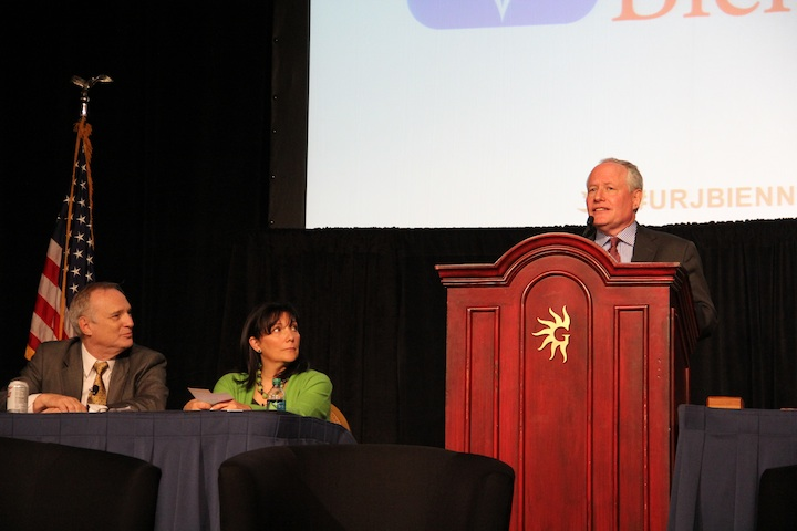 Bill Kristol (far right, at podium) and Rabbi David Saperstein (far left) made the cases for political conservatism and liberalism, respectively, at the Union for Reform Judaism convention. Credit: Philip Deitch.