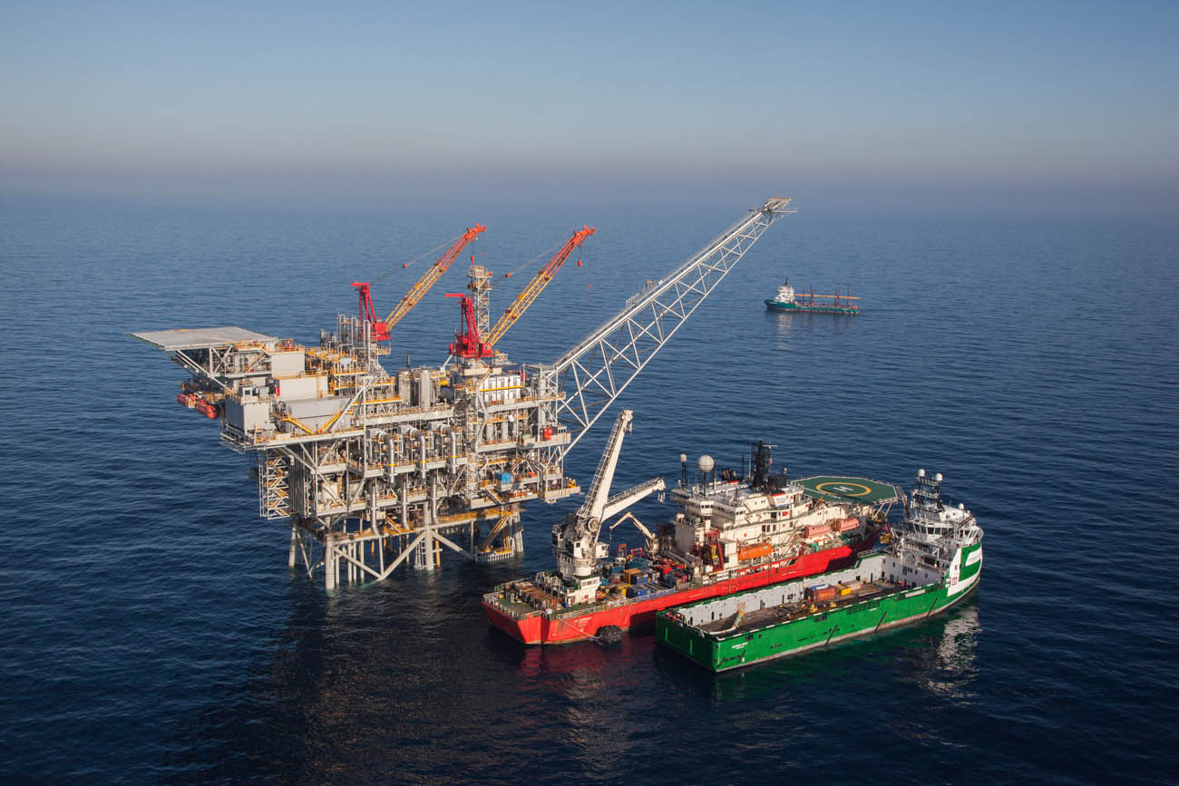 Click photo to download. Caption:An aeriel view of the Israeli gas rig Tamar, situated about 80 km off the Israeli northern coast. Tamar was the first large-scale hydrocarbon resource discovered in international waters and claimed by Israel. After more than four years of drilling, the flow of natural gas from the Tamar gas field has begun. Credit: Albatross Aerial photography/Nobel Energy/FLASH90.