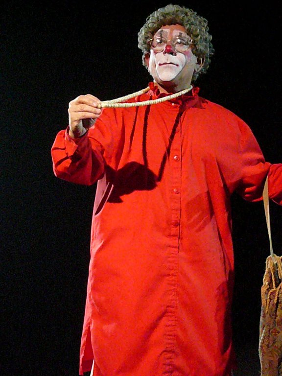 """Click photo to download. Caption: Barry Lubin performs as """"Grandma"""" for the Big Apple Circus in 2007. Credit: Scohar70."""