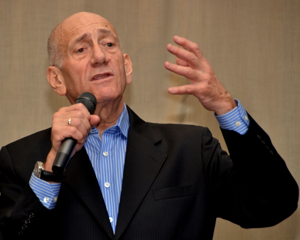 Click photo to download. Caption: Former Israeli Prime Minister Ehud Olmert speaks at a private gathering in New York on Nov. 11. Credit: Maxine Dovere.