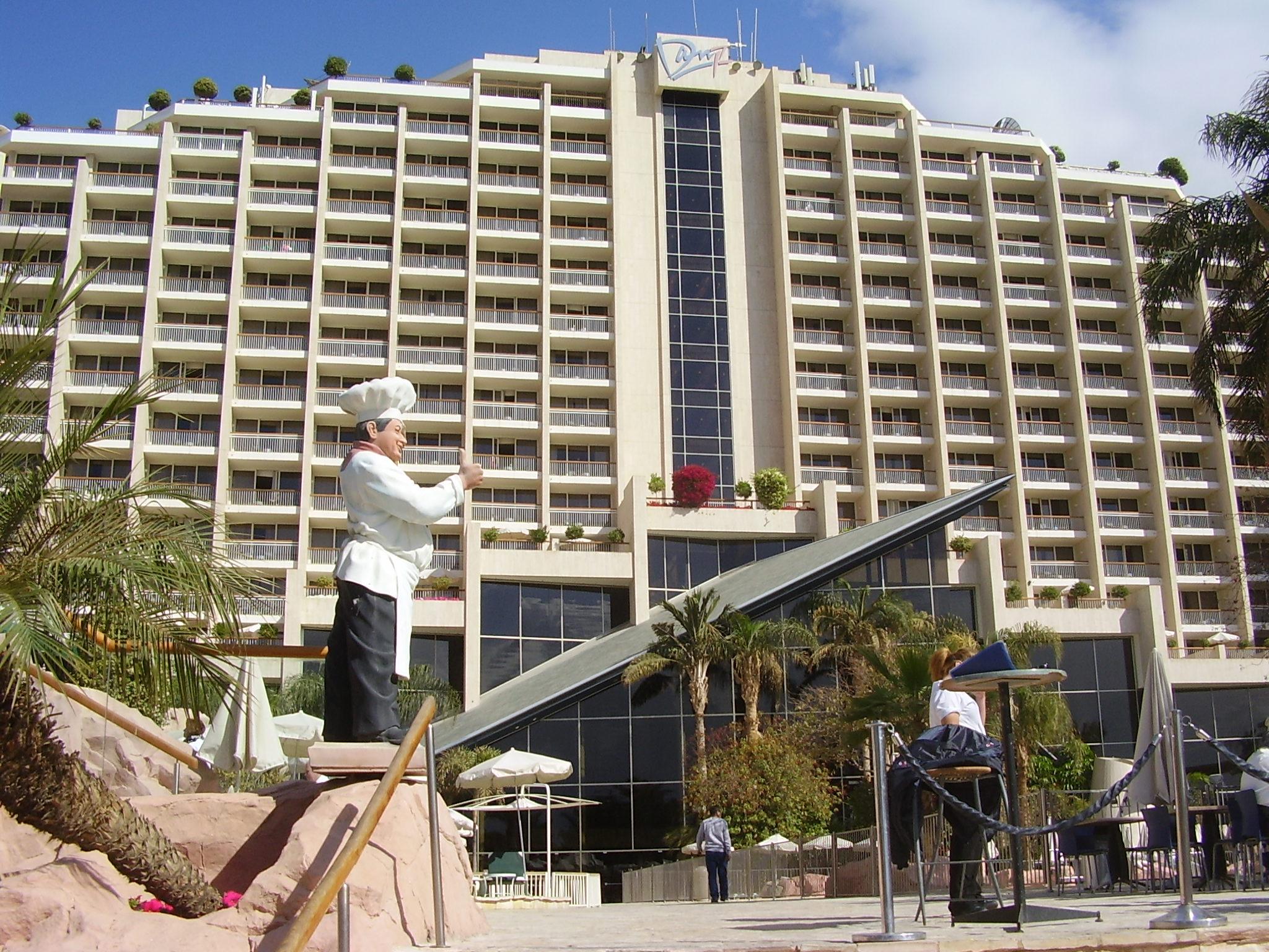 Click photo to download. Caption: The Dan Eilat Hotel. Credit: Avishai Teicher/PikiWiki Israel.