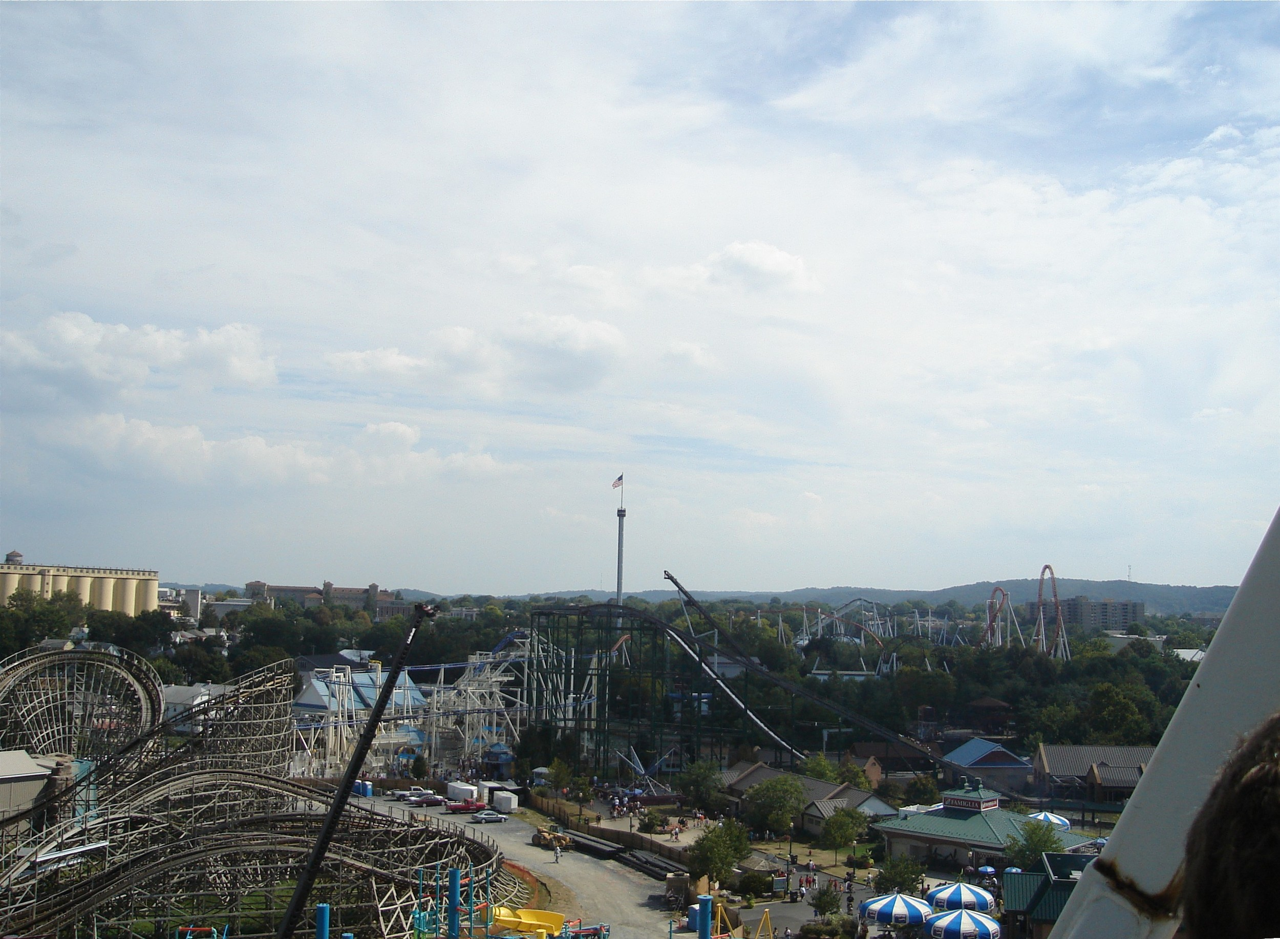 Click photo to download. Caption: Hershey Park in Lancaster, Pa. Credit: Wikimedia Commons.