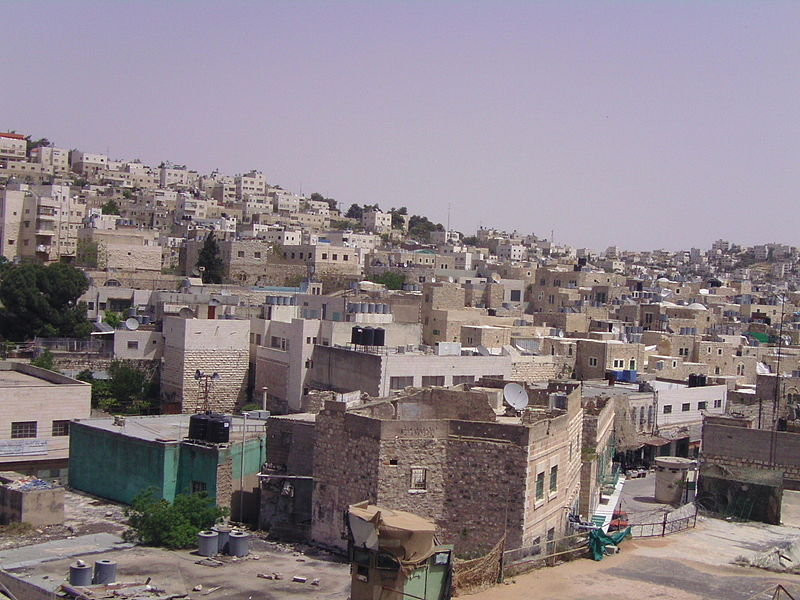 Several hundred Jewish residents live in the predominantly Palestinian Hebron. Credit: Wikimedia Commons.