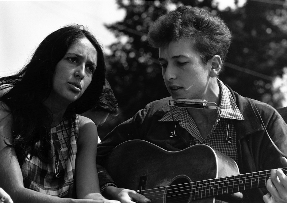 """Click photo to download. Caption: Joan Baez and Bob Dylan at the 1963 March on Washington. Baez made a Dylan tribute album, """"Any Day Now,"""" as has the Israeli band Diva de Lai through the newly released """"Dylan at the Opera."""" Credit: U.S. Information Agency."""