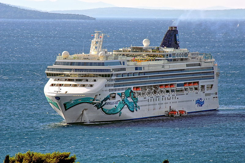 Israeli passengers on board the Norwegian Jade cruise ship (pictured) were denied entry to Tunisia when attempting to disembark during a cruise stop. Credit: Wikimedia Commons.