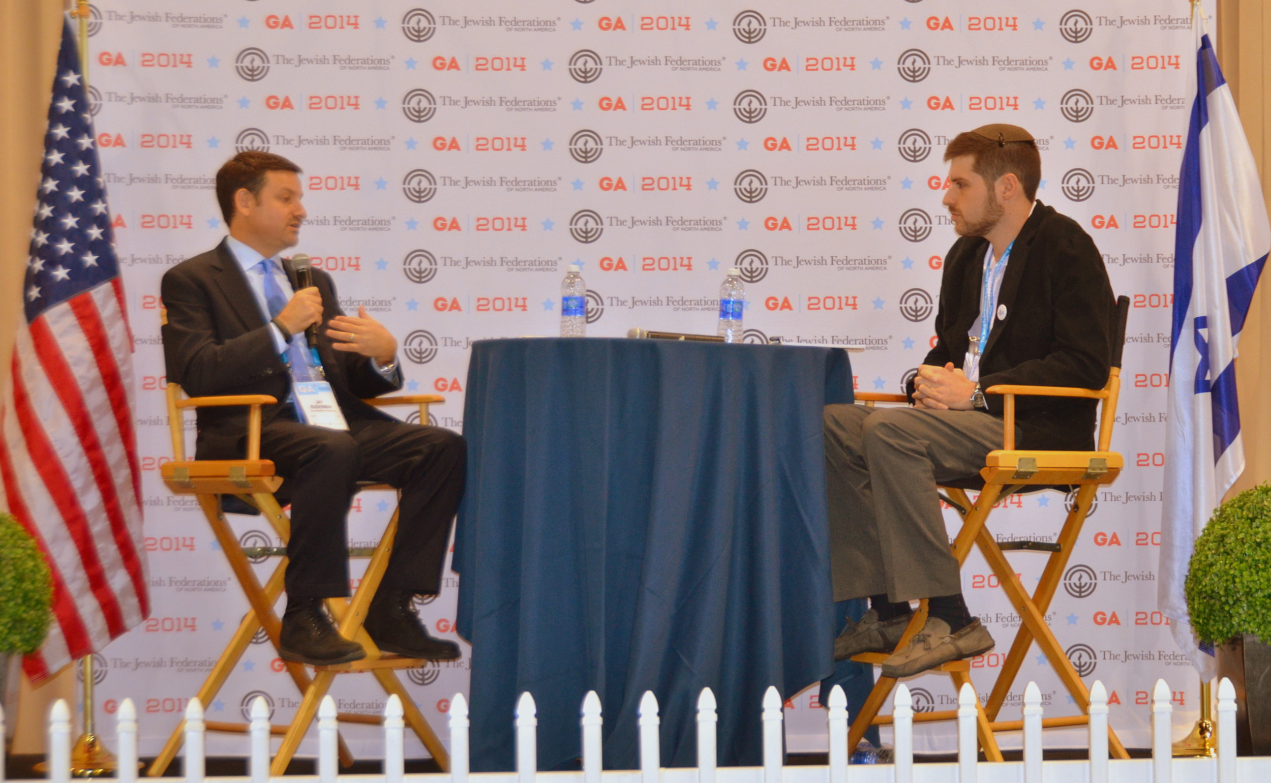 Click photo to download. Caption: Ruderman Family Foundation President Jay Ruderman (left) in conversation with JNS.org Editor in Chief Jacob Kamaras at the 2014 General Assembly of the Jewish Federations of North America. Credit: Maxine Dovere.