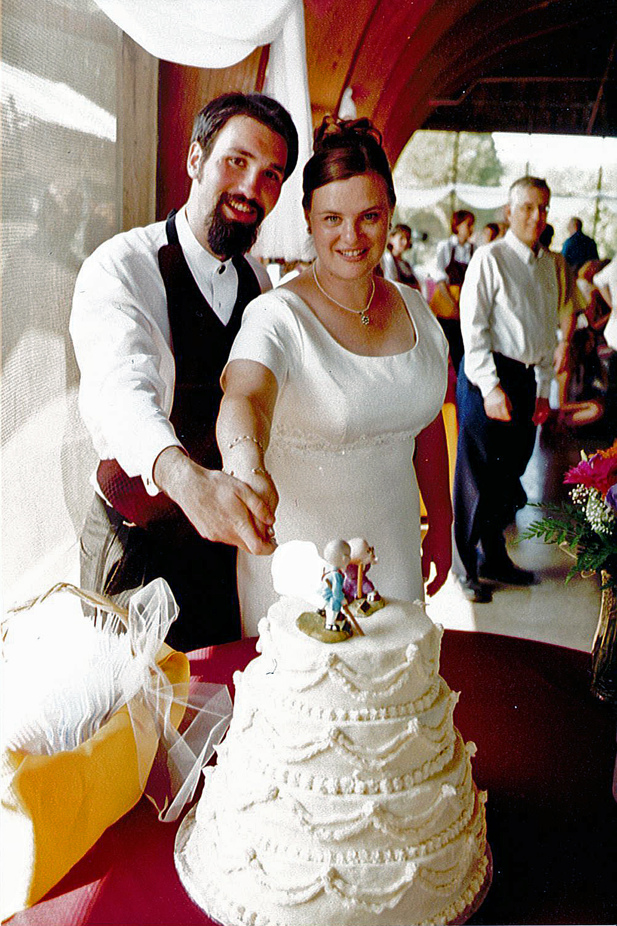 Click photo to download. Caption: Jen and Dan Silber (pictured) met at Camp Moshava. Credit: Courtesy Silber family.