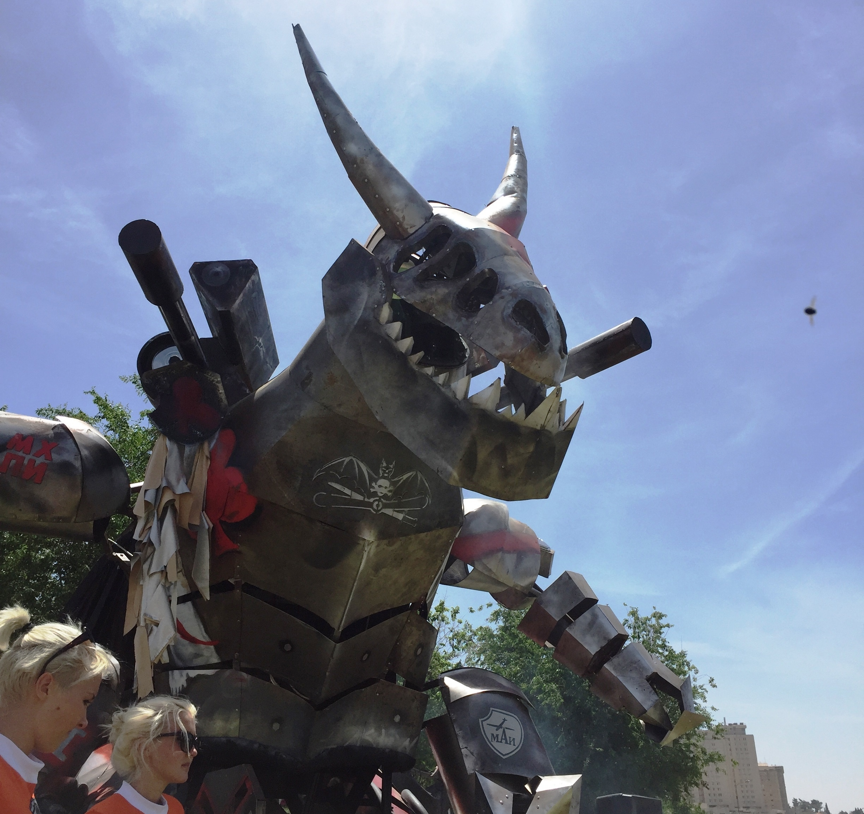 Click photo to download. Caption: The robotic dragon at Jerusalem's Geek Picnic. Credit: Maayan Jaffe-Hoffman.