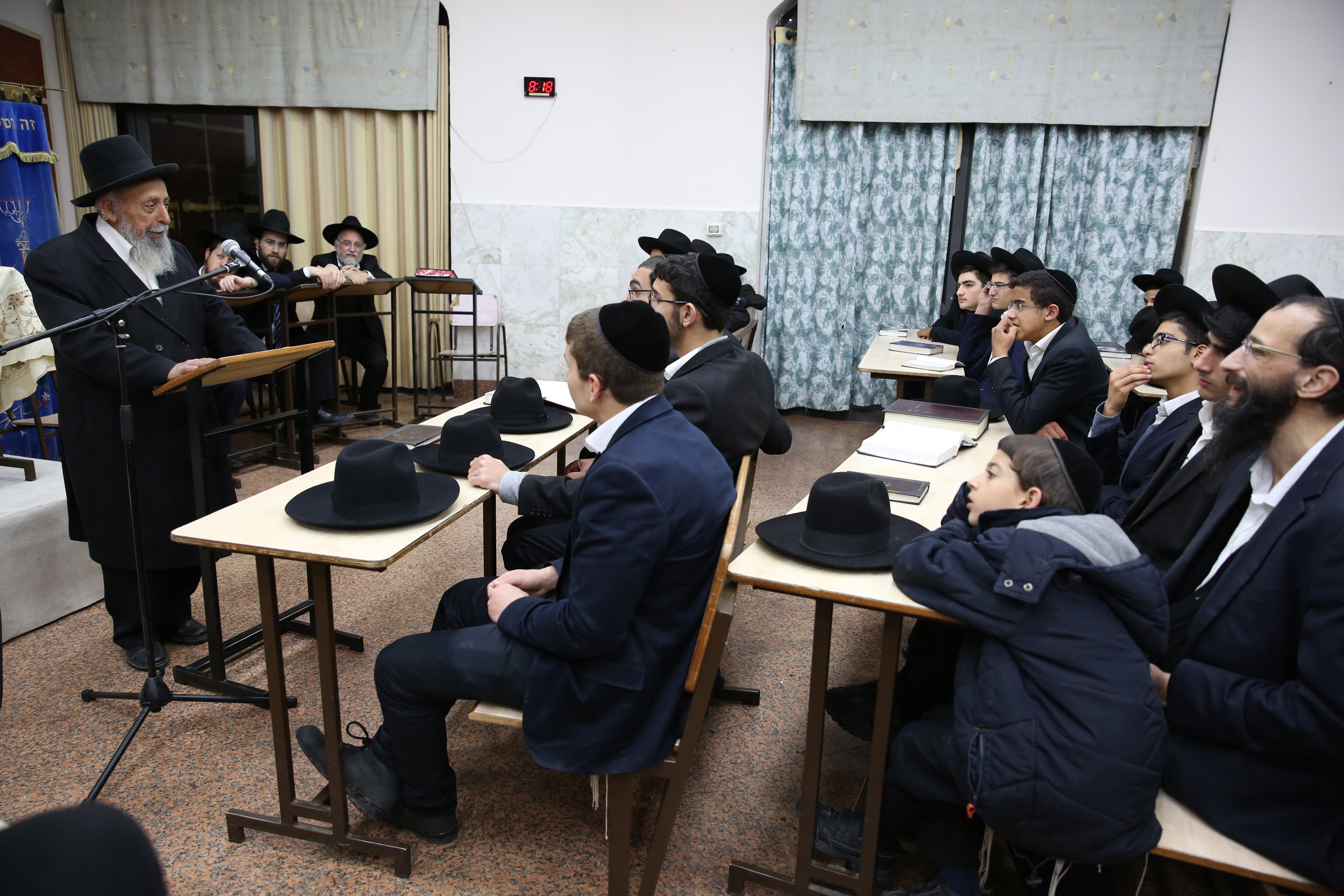 In February 2016, Rabbi Shimon Badani gives a lesson to young haredi men at the Nehora De'oraita yeshiva in the central Israeli city of Elad. Credit: Yaakov Cohen/Flash90.