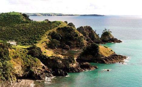 2331282-Coastal_walk_Ferry_to_Oneroa_II_Waiheke_Island.jpg