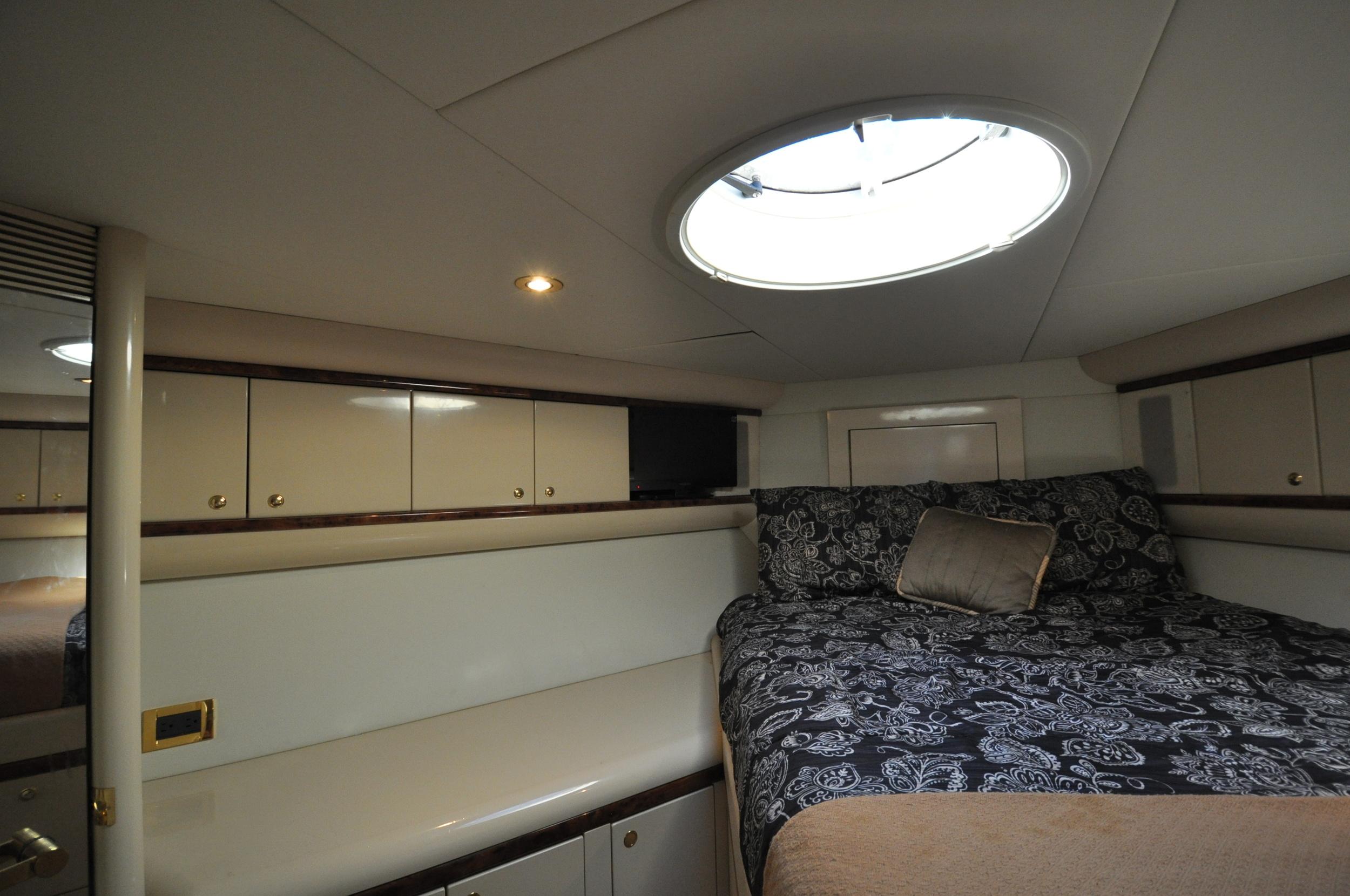 85 - VIP suite 2 bed.JPG