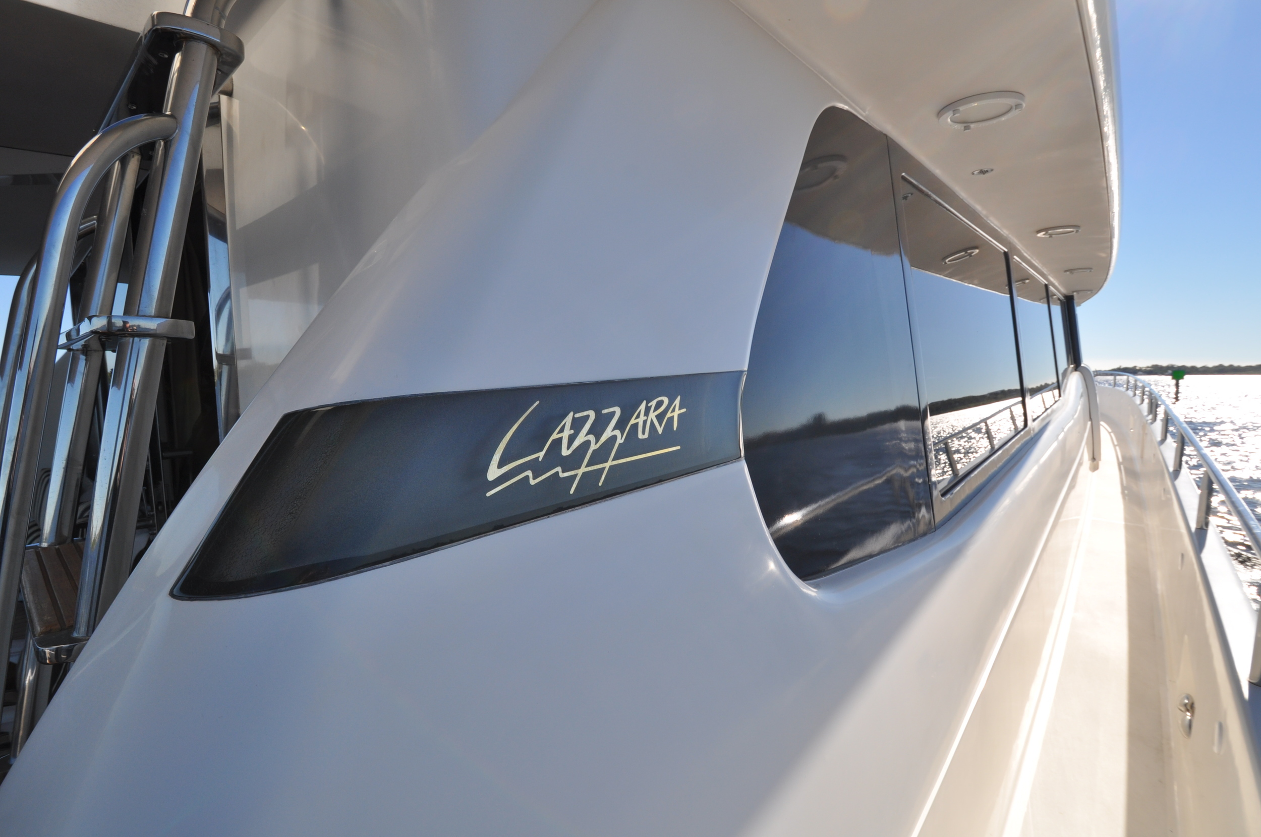 112 - Starboard deck.JPG