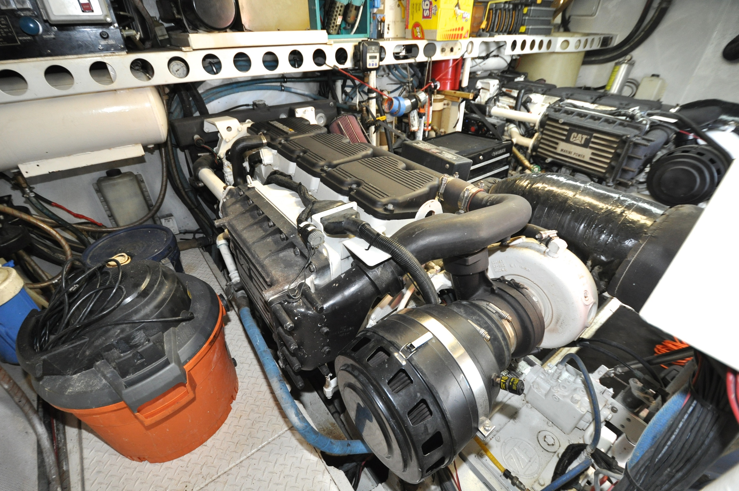 119 - port engine from port.JPG