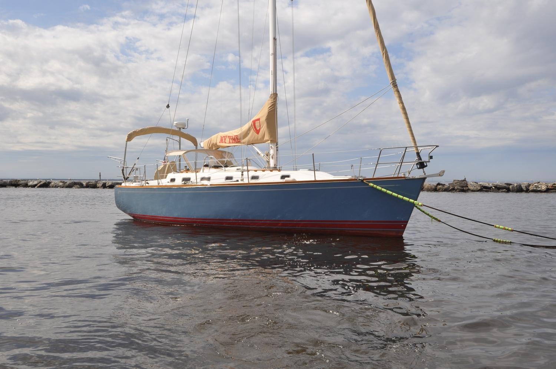 2004 Tartan 3700 — Dave Townley Yachts