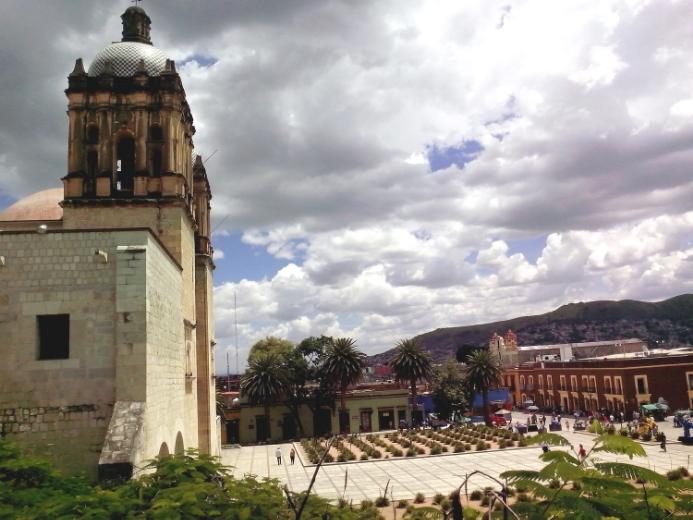 Santo Domingo and town square