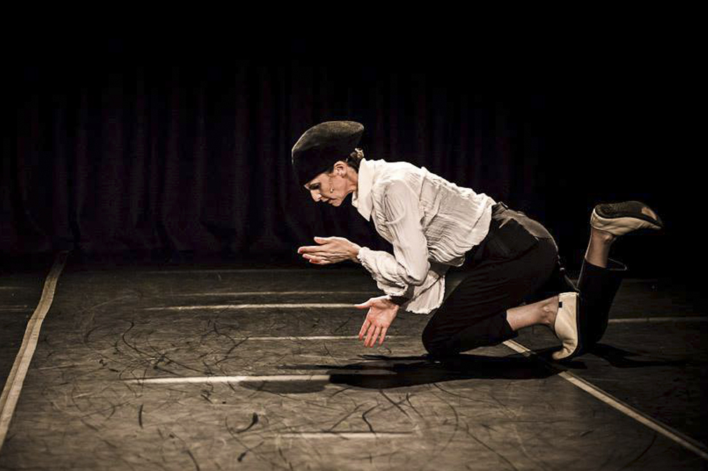 Ros Warby performing at Dancehouse, Melbourne (Image credit: Gregory Lorenzutti)