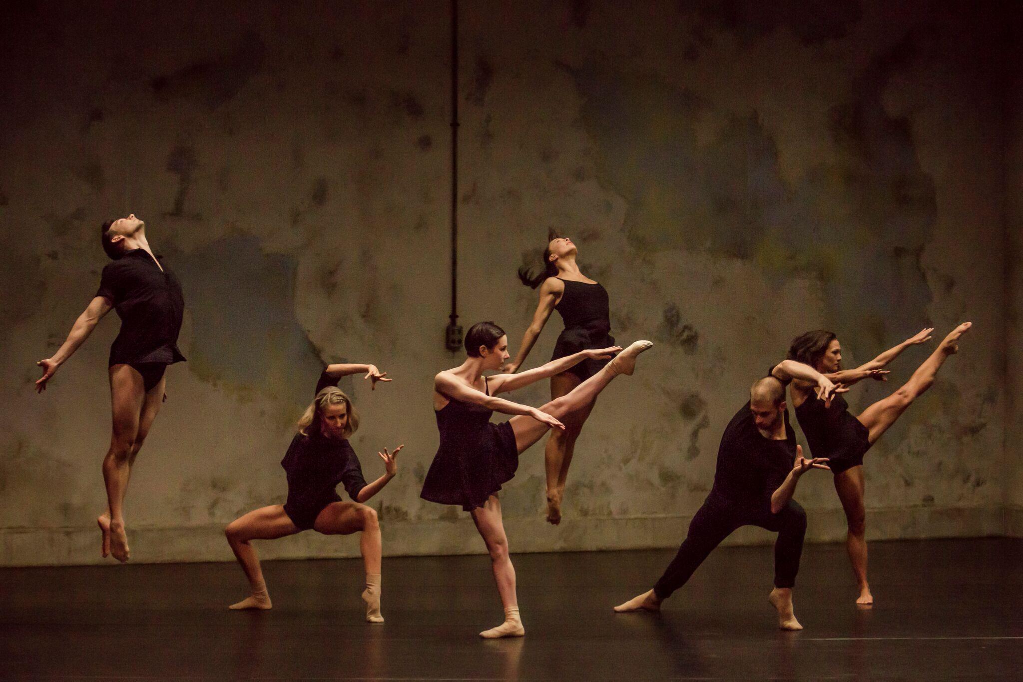 Sydney Dance Company performing Rafael Bonachela's  Frame of Mind  (Image credit: Peter Greig)
