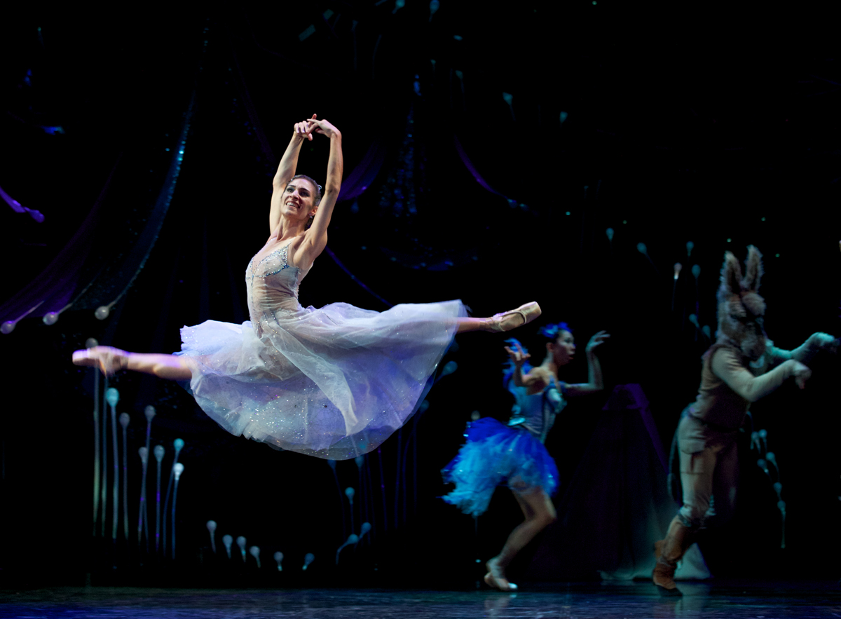 Laura Hidalgo and artists from Queensland Ballet perform  A Midsummer Night's Dream  (image credit: David Kelly)