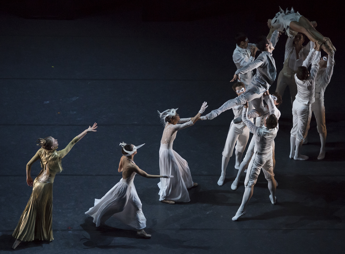 Les Ballets de Monte-Carlo in  LAC  by Jean-Christophe Maillot (image credit: Alice Blangero)