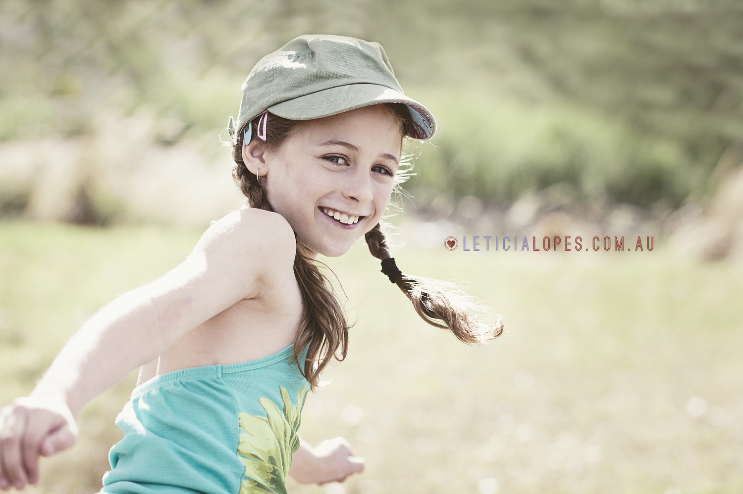 melbourne-kids-photographer-girl-happy.jpg
