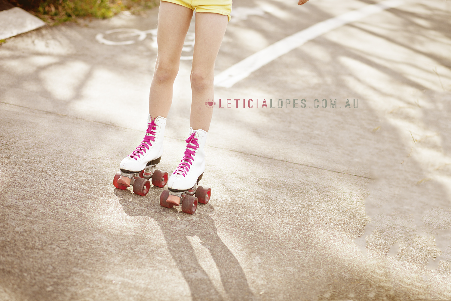 roller-skates-kids-photography-melbourne.jpg