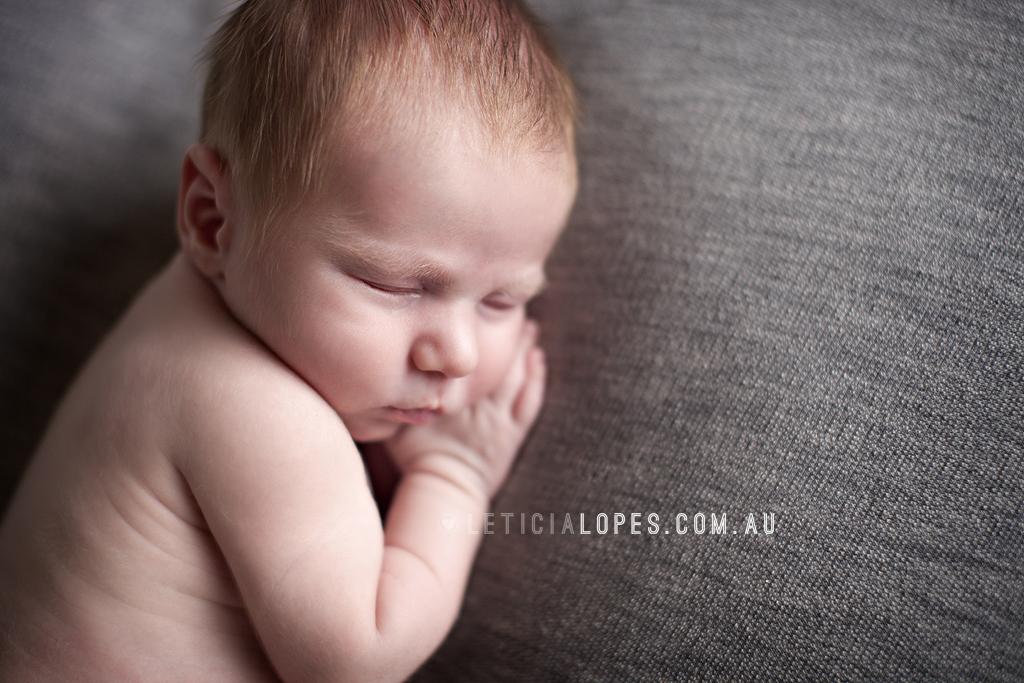 newborn-photographer-melbourne.jpg