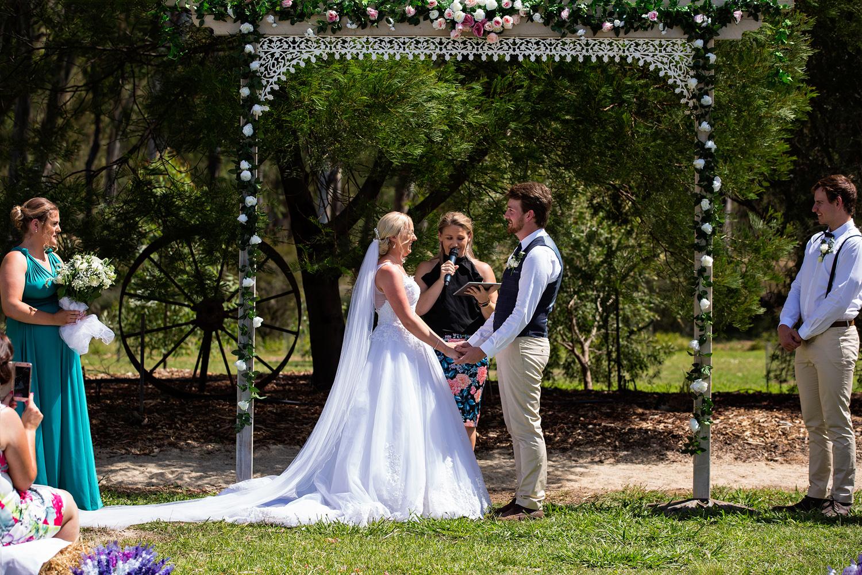 shepparton-farm-wedding21.jpg