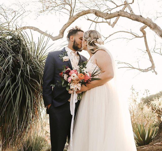 Happy Wedding Day to @christaaank & @hunna.j. You guys are the cutest & the sweetest! 😍 • #sandiegoweddingphotographer #weddingday #brideandgroom #sandiegobotanicgarden #dphotopro