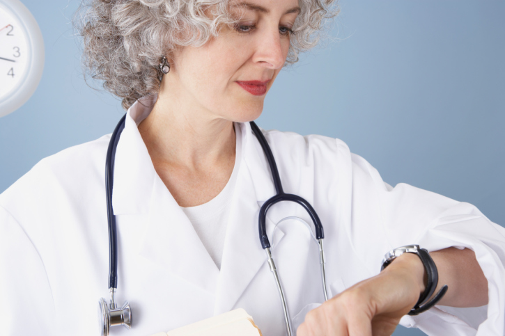 How Doctors Can Minimize Time Spent on EMR