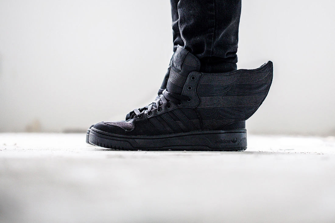 a-closer-look-at-the-aap-rocky-x-adidas-originals-by-jeremy-scott-js-wings-2-0-black-flag.jpg