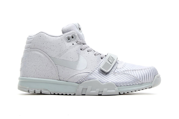 nike-air-trainer-1-mid-sp-the-monotones-vol-1.jpg