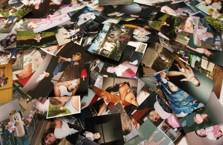 Pile_of_Photographs.jpg