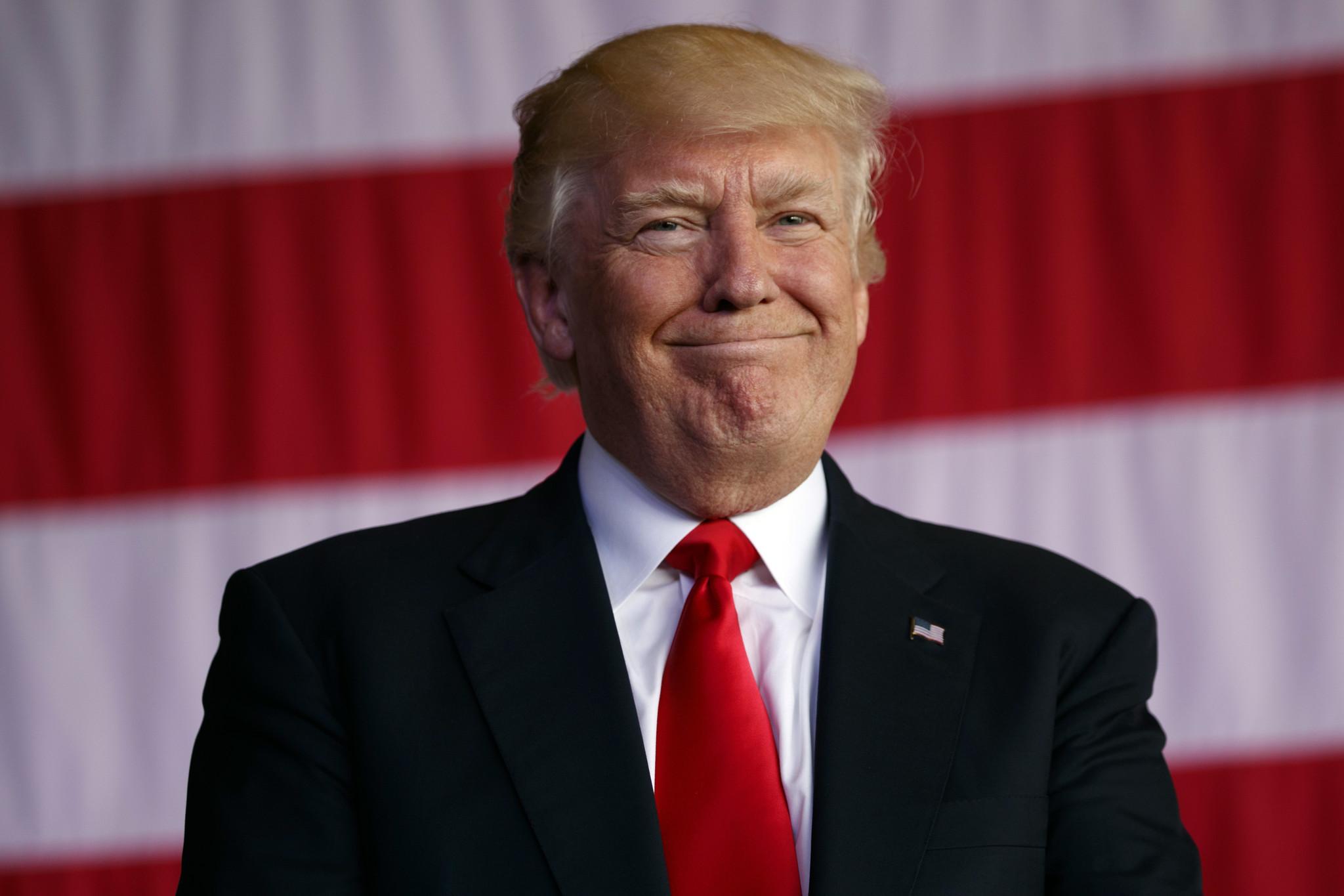 ct-donald-trump-stupid-president-20170531.jpg