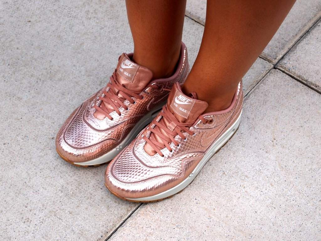 These Red Bronze  Nike  trainers are amazing! #NEEDWANTMUSTHAVE!