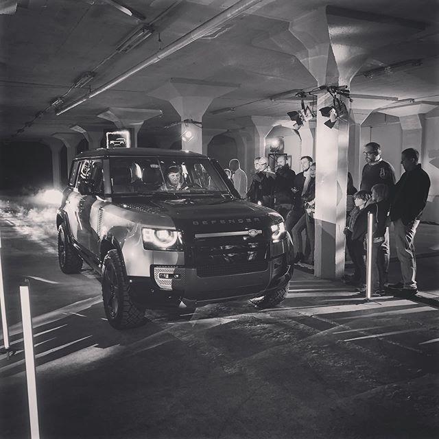 Bude to skvele auto! #newdefender #pragovka #landrover