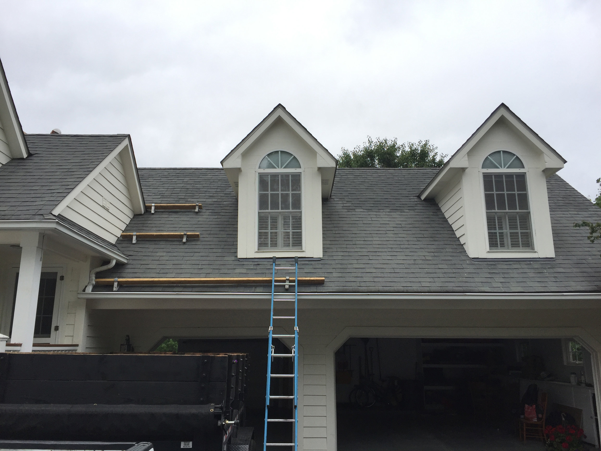 Owens Corning Oakridge Estate Gray