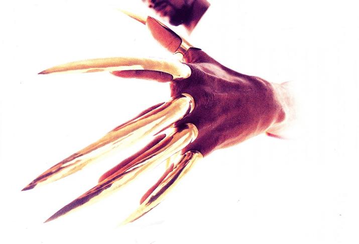 Gravediggaz-claw-wide.jpg