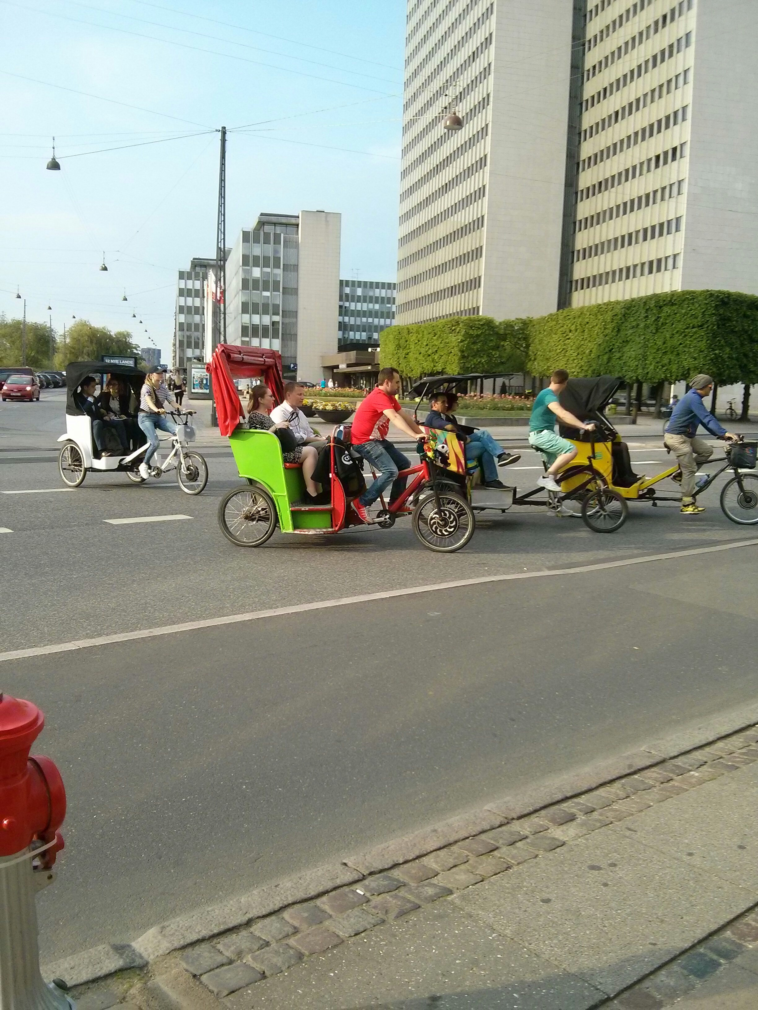 bike cabs are challenging the taxi's i copenhagen