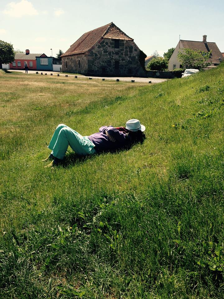 a well deserved nap, after a real bornholm lunch, smoked herring, beer and a few small ones ( snaps )