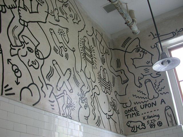 ... some subway & black & white Keith Haring